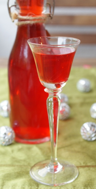 wódka smakowa truskawkowa domowa